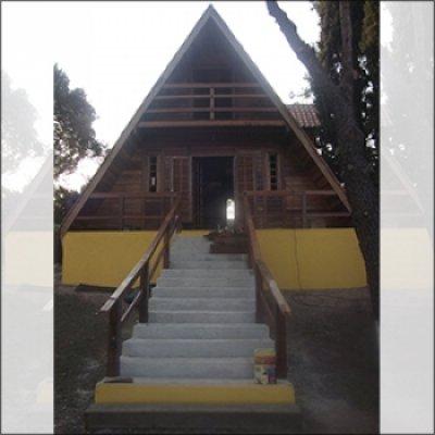 Chales de madeira em Atibaia - SP