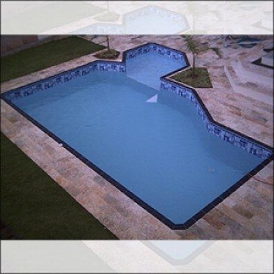 Construção de piscina em vinil em Atibaia - SP